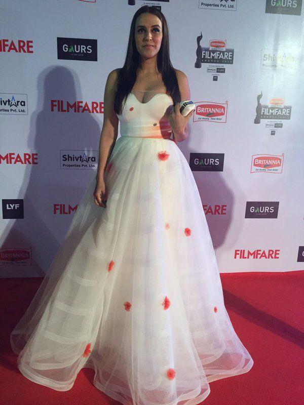 neha dhupia at Filmfare 2016