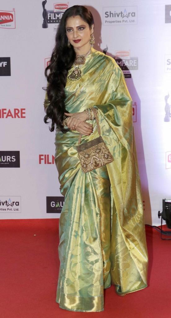Rekha at Filmfare 2016